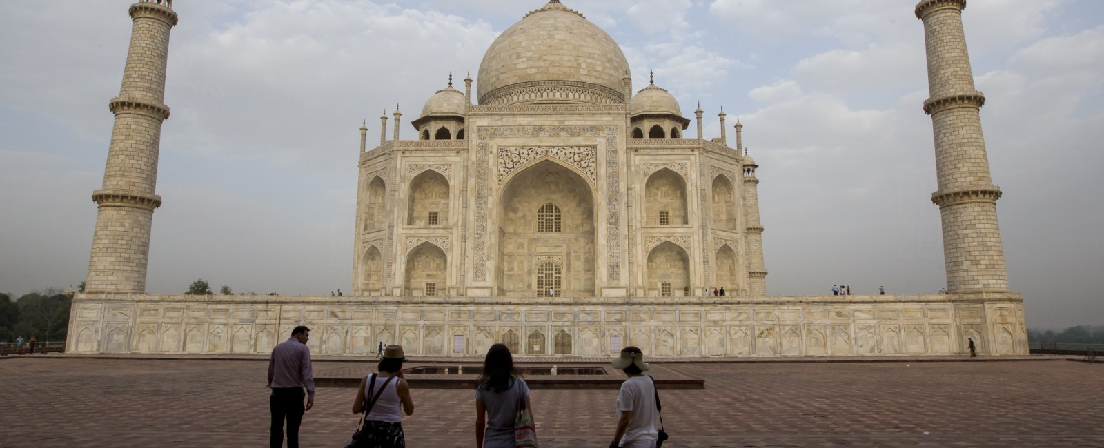 Permalink to The Tiger Safari: Day 8 with Agra extension