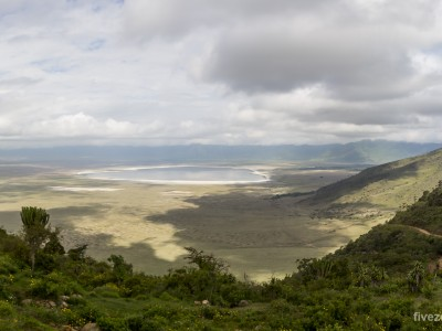 photo safari, photographic safari, wildlife photographic safari, photo tour, photo workshop, when to go, best, fivezero safaris, five zero, safari, kurt jay bertels, tanzania, ngorogoro crater